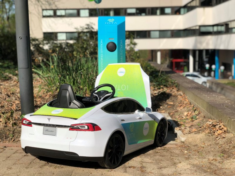 World's first IOTA Charging Station released